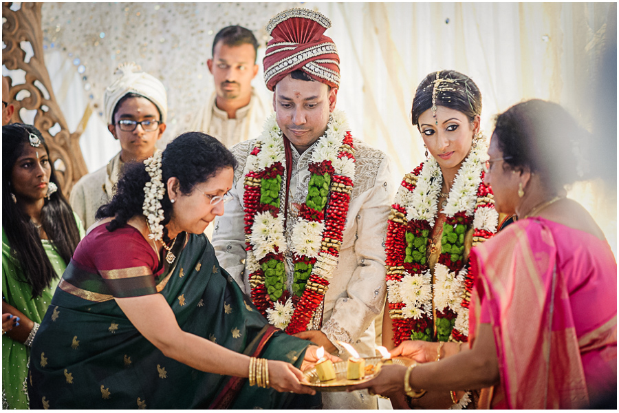 64 - Tharsen and Kathirca - Traditional Hindu Wedding Photographer