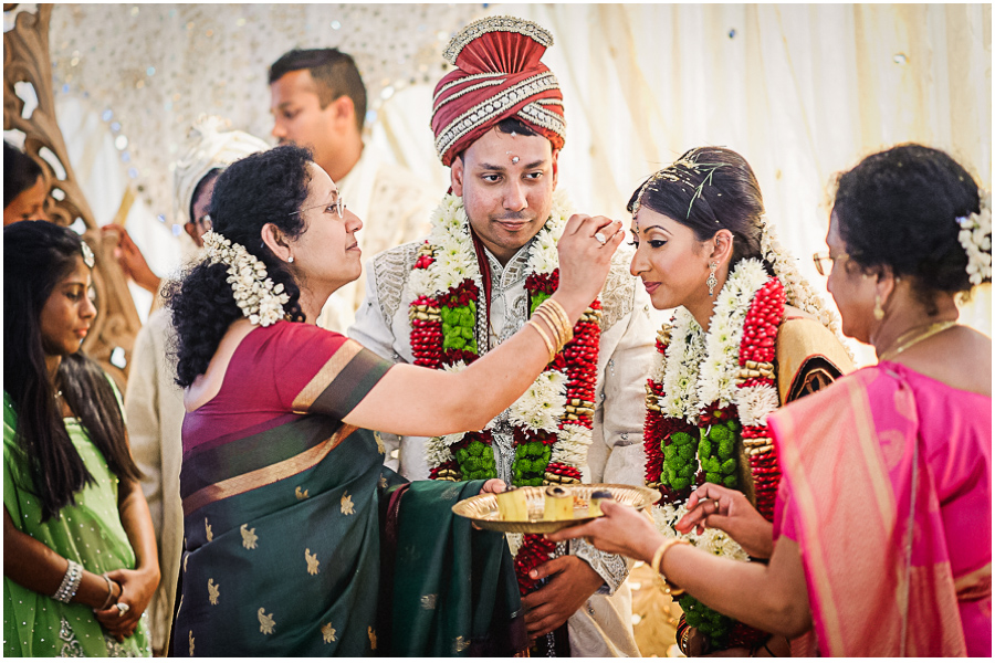 65 - Tharsen and Kathirca - Traditional Hindu Wedding Photographer