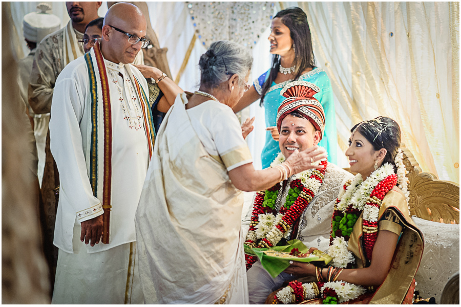 65a - Tharsen and Kathirca - Traditional Hindu Wedding Photographer