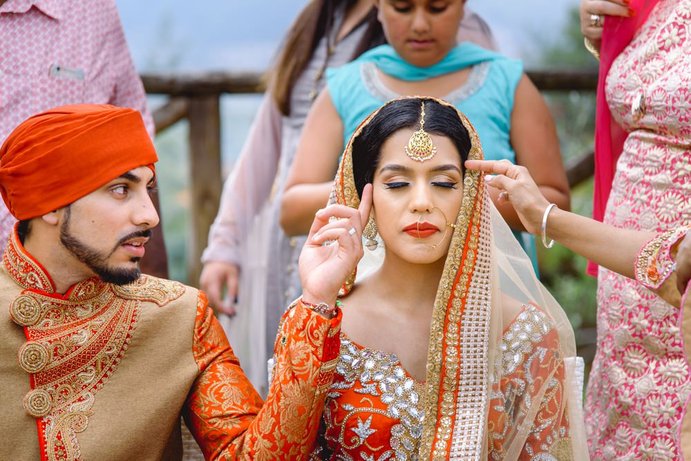 asian wedding photographer ceremony
