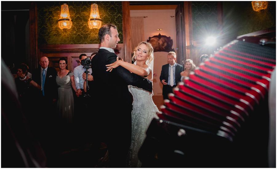 119 - Alexandra and Thomas - stunning wedding