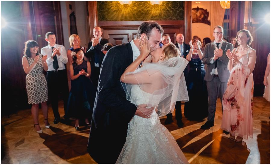 120a - Alexandra and Thomas - stunning wedding