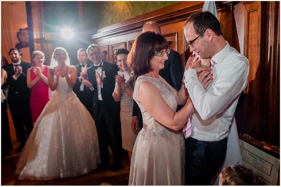 124 - Alexandra and Thomas - stunning wedding