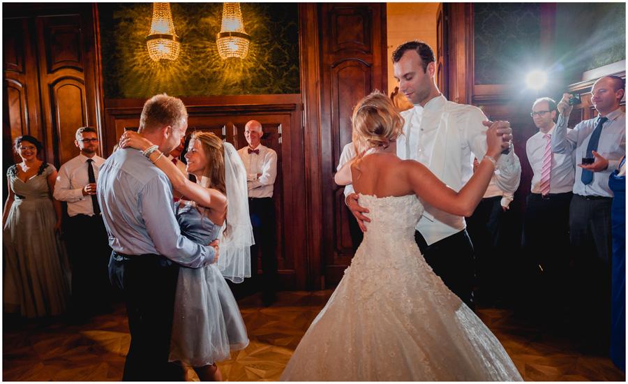 163 - Alexandra and Thomas - stunning wedding