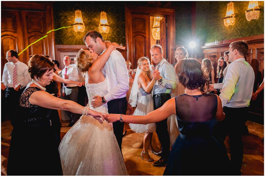 165 - Alexandra and Thomas - stunning wedding