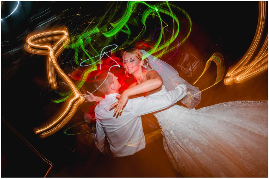 169 - Alexandra and Thomas - stunning wedding