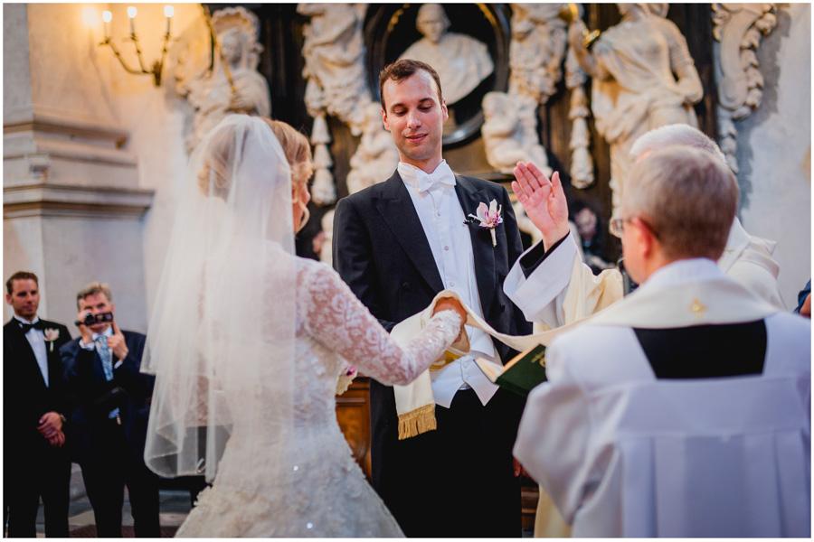 511 - Alexandra and Thomas - stunning wedding
