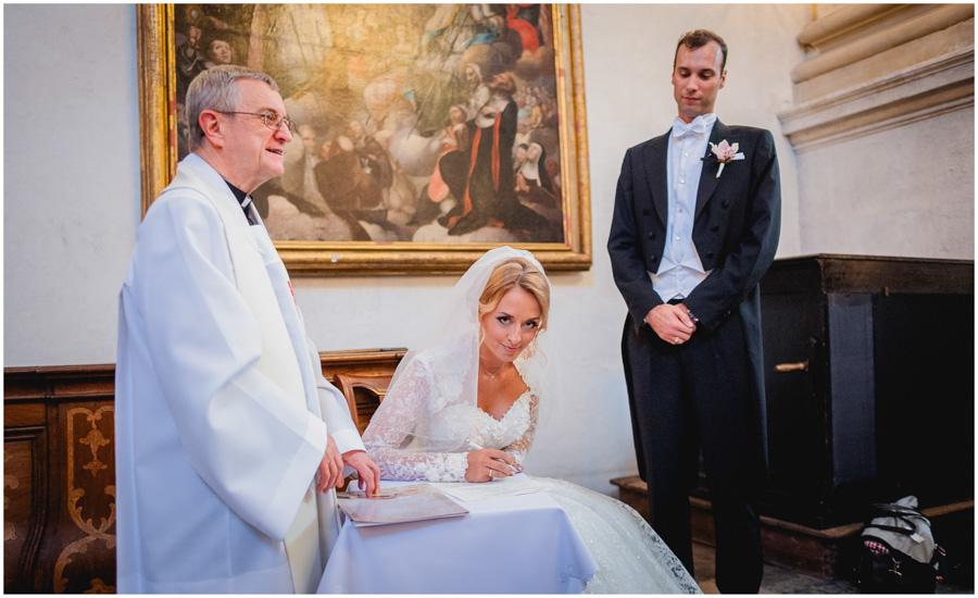 611 - Alexandra and Thomas - stunning wedding