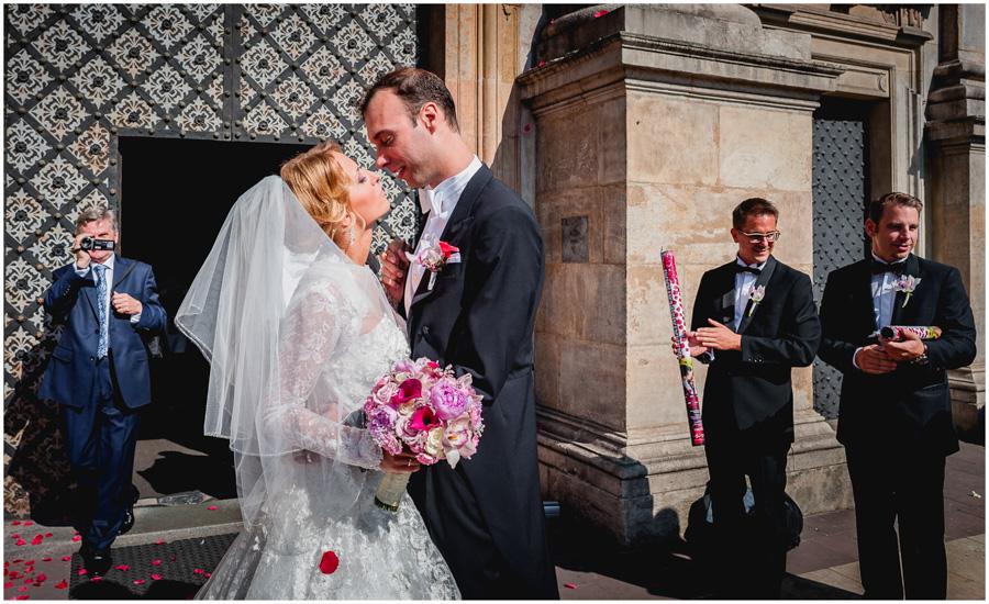 651 - Alexandra and Thomas - stunning wedding