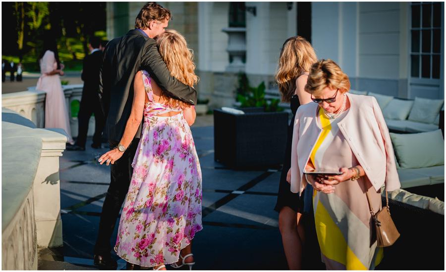 901 - Alexandra and Thomas - stunning wedding