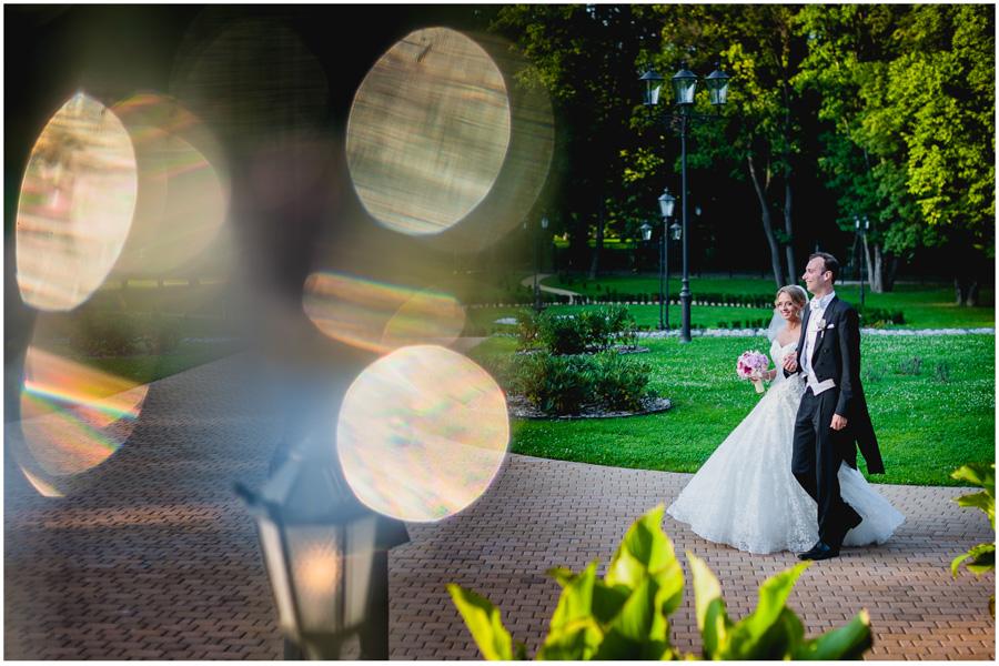 921 - Alexandra and Thomas - stunning wedding