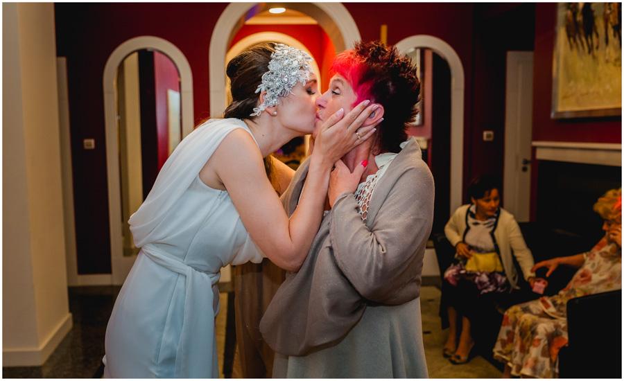 wedding photographer croydon1134 - Iga and Charles - wedding photographer Croydon