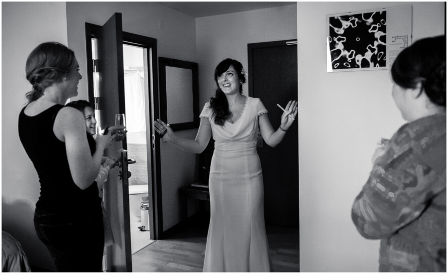 wedding photographer surrey836 - Becky and Steve - wedding photographer Hounslow