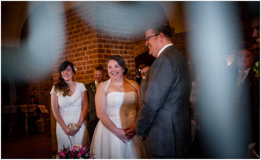 wedding photographer surrey859 - Becky and Steve - wedding photographer Hounslow