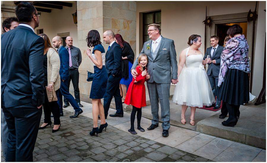 wedding photographer surrey873 - Becky and Steve - wedding photographer Hounslow