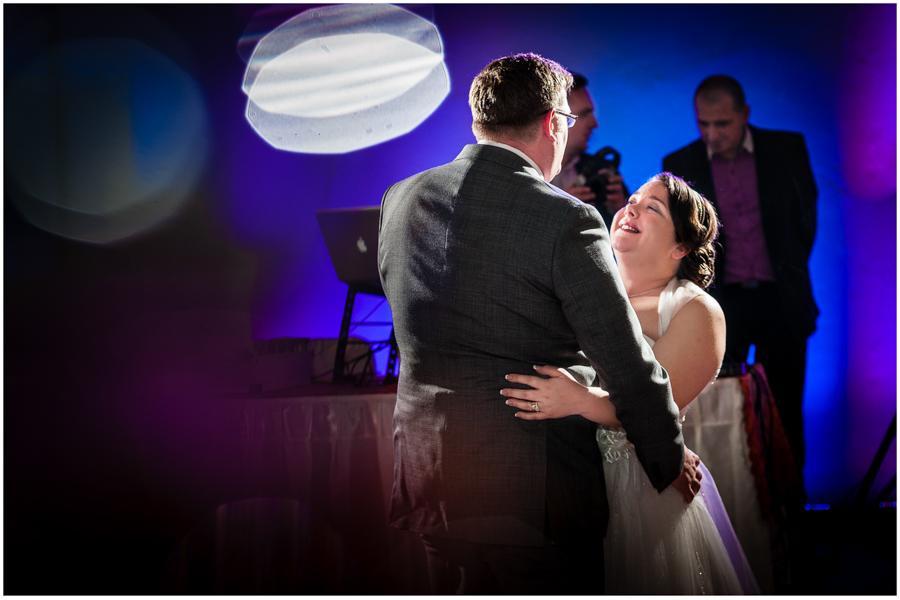 wedding photographer surrey887 - Becky and Steve - wedding photographer Hounslow