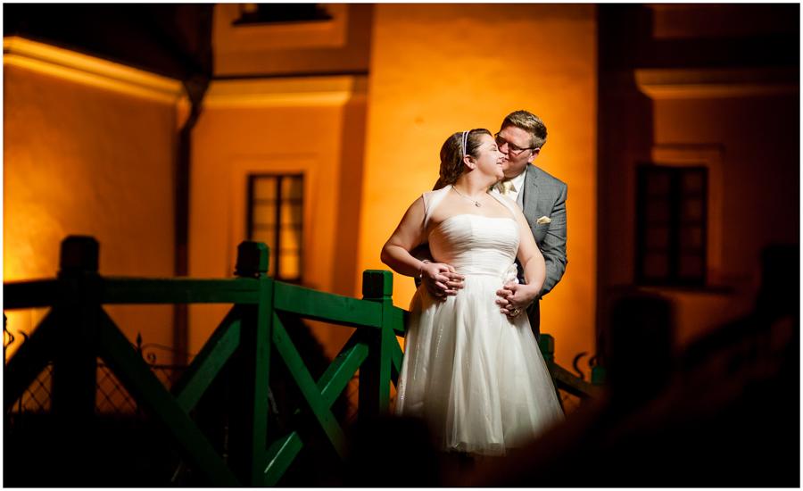 wedding photographer surrey891 - Becky and Steve - wedding photographer Hounslow