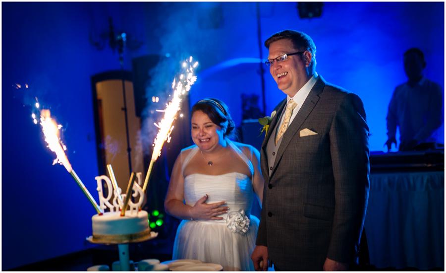 wedding photographer surrey897 - Becky and Steve - wedding photographer Hounslow