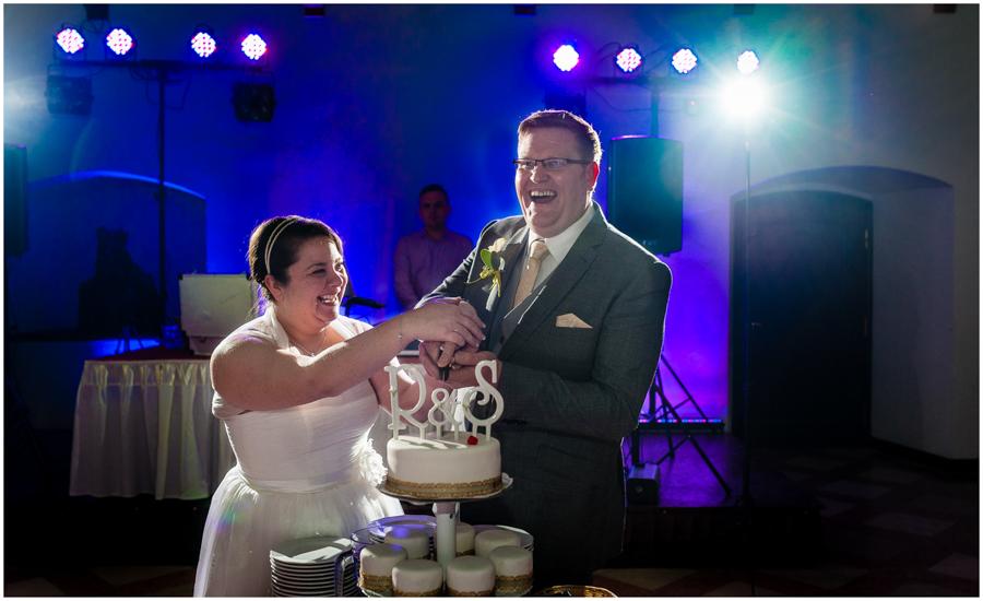 wedding photographer surrey898 - Becky and Steve - wedding photographer Hounslow