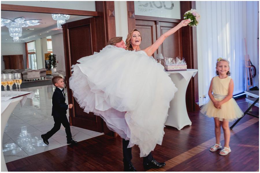wedding photographer uxbridge london1527 - Katherine and Peter - wedding photographer Uxbridge