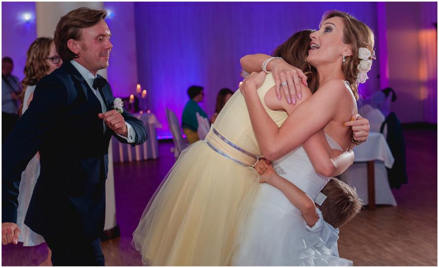 wedding photographer uxbridge london1536 - Katherine and Peter - wedding photographer Uxbridge