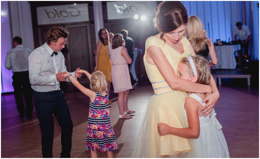 wedding photographer uxbridge london1550 - Katherine and Peter - wedding photographer Uxbridge
