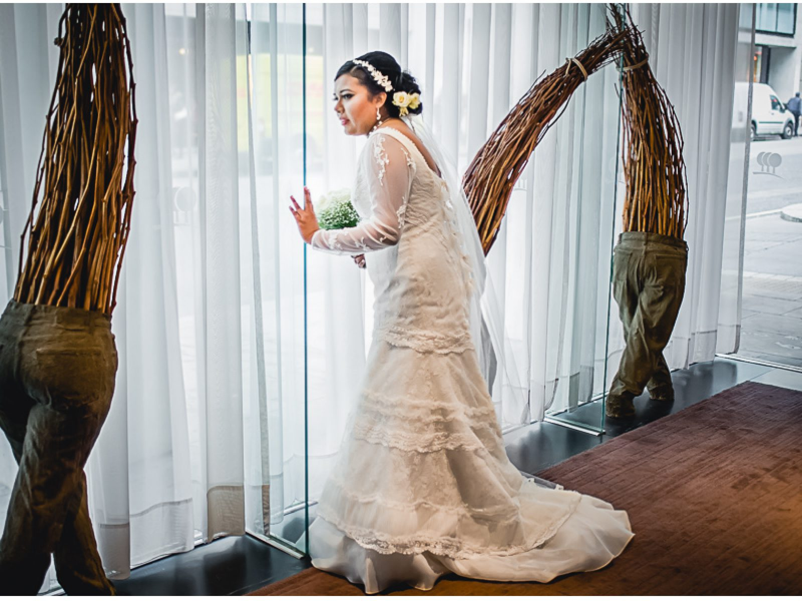 19a 1600x1200 - Darshani and Anthony - wedding photographer in London