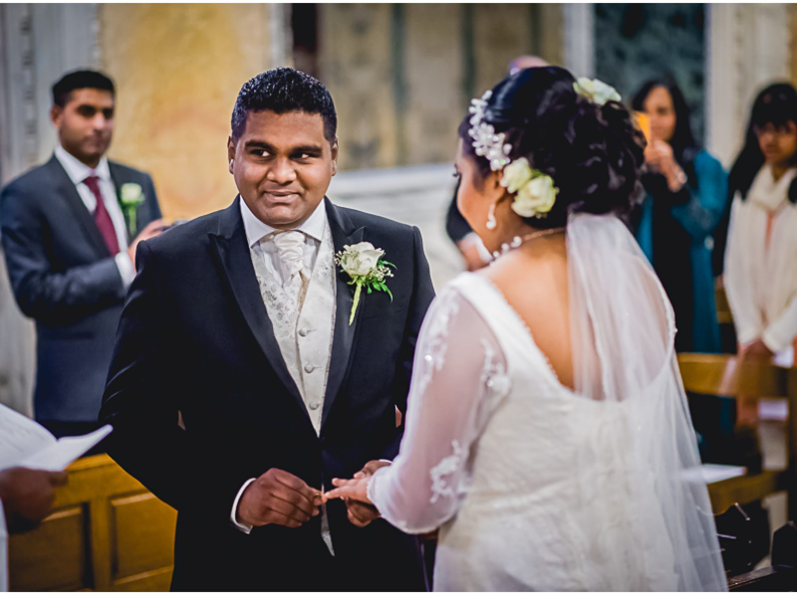 551 1600x1200 - Darshani and Anthony - wedding photographer in London