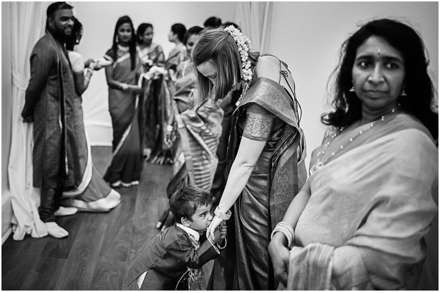 34a - Tharsen and Kathirca - Traditional Hindu Wedding Photographer