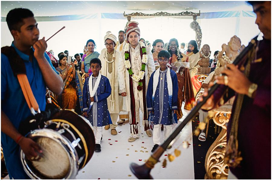 401 - Tharsen and Kathirca - Traditional Hindu Wedding Photographer