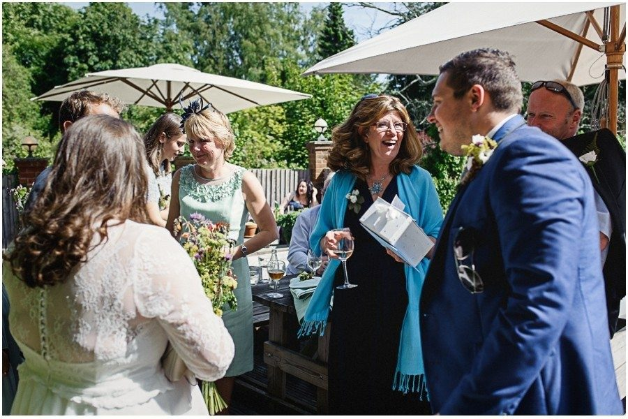 472 900x600 900x600 - Manor Gatehouse Dartford wedding Laura&Mike