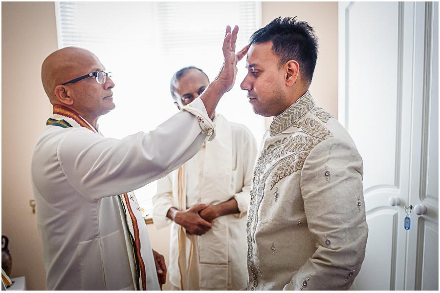 9 - Tharsen and Kathirca - Traditional Hindu Wedding Photographer