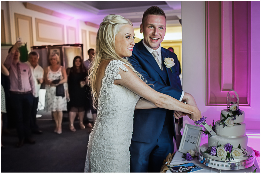 216 - Woldingham Golf Club wedding of Liane & Andreas