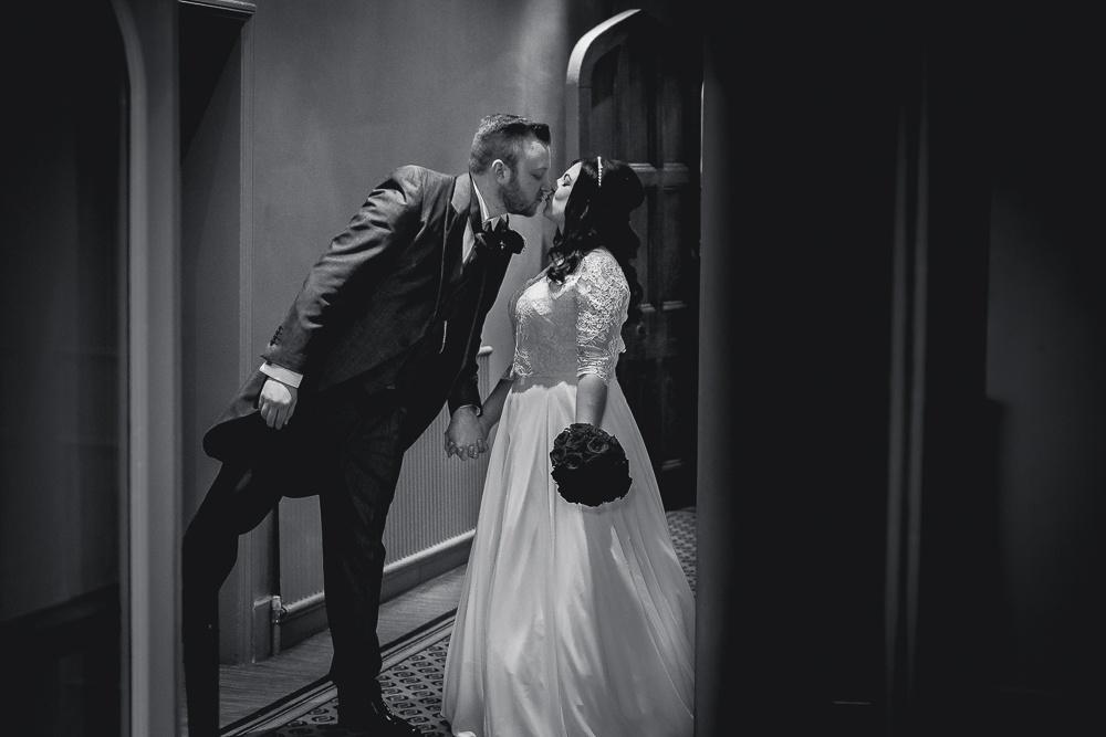 Nikki and Stuart 107 - Hartsfield Manor wedding - Wedding Photographer Sussex