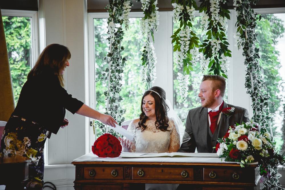 Nikki and Stuart 74 - Hartsfield Manor wedding - Wedding Photographer Sussex
