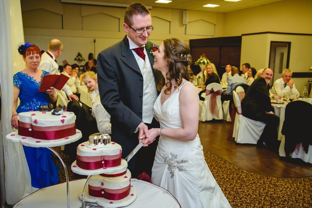 Katy Daren 122 - Putteridge Bury Luton Wedding Photographer Katy & Darren