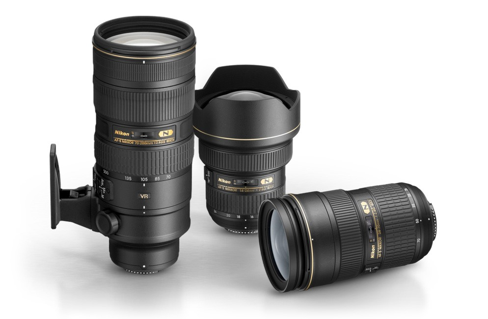 F 2 point 8 zoom lens group - Best Lenses for Wedding Photographers London