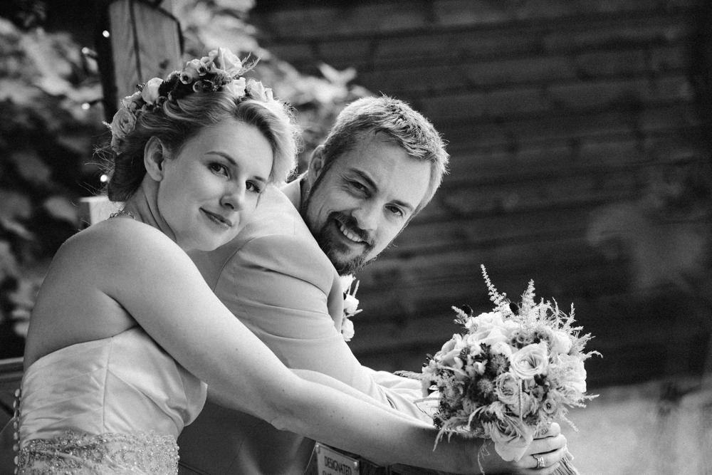 BLOG LIZA MARK 130 - South Farm Wedding Cambridgeshire Royston | Lizzie and Mark