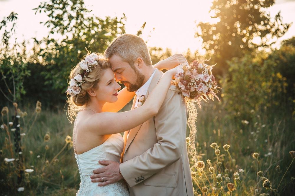BLOG LIZA MARK 167 - South Farm Wedding Cambridgeshire Royston | Lizzie and Mark