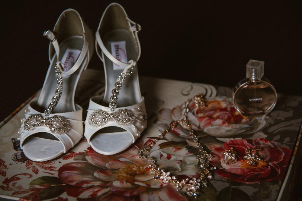 BLOG LIZA MARK 46 - South Farm Wedding Cambridgeshire Royston | Lizzie and Mark