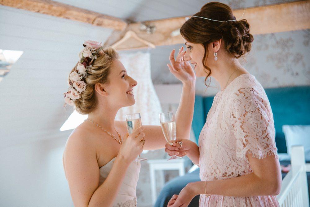 BLOG LIZA MARK 55 - South Farm Wedding Cambridgeshire Royston | Lizzie and Mark