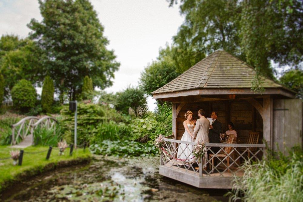 BLOG LIZA MARK 88 - South Farm Wedding Cambridgeshire Royston | Lizzie and Mark