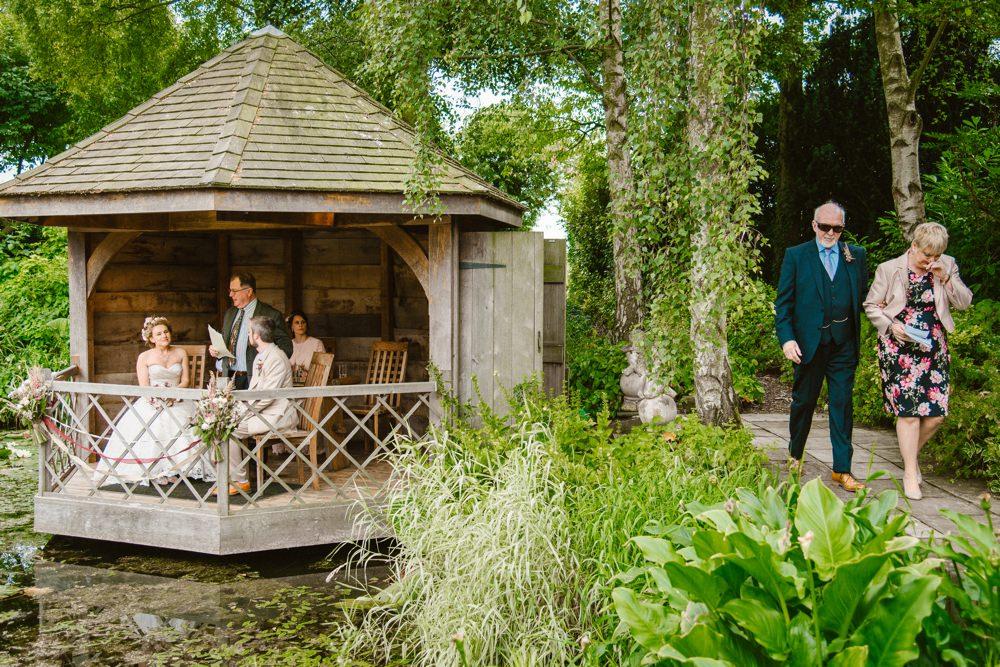 BLOG LIZA MARK 91 - South Farm Wedding Cambridgeshire Royston | Lizzie and Mark